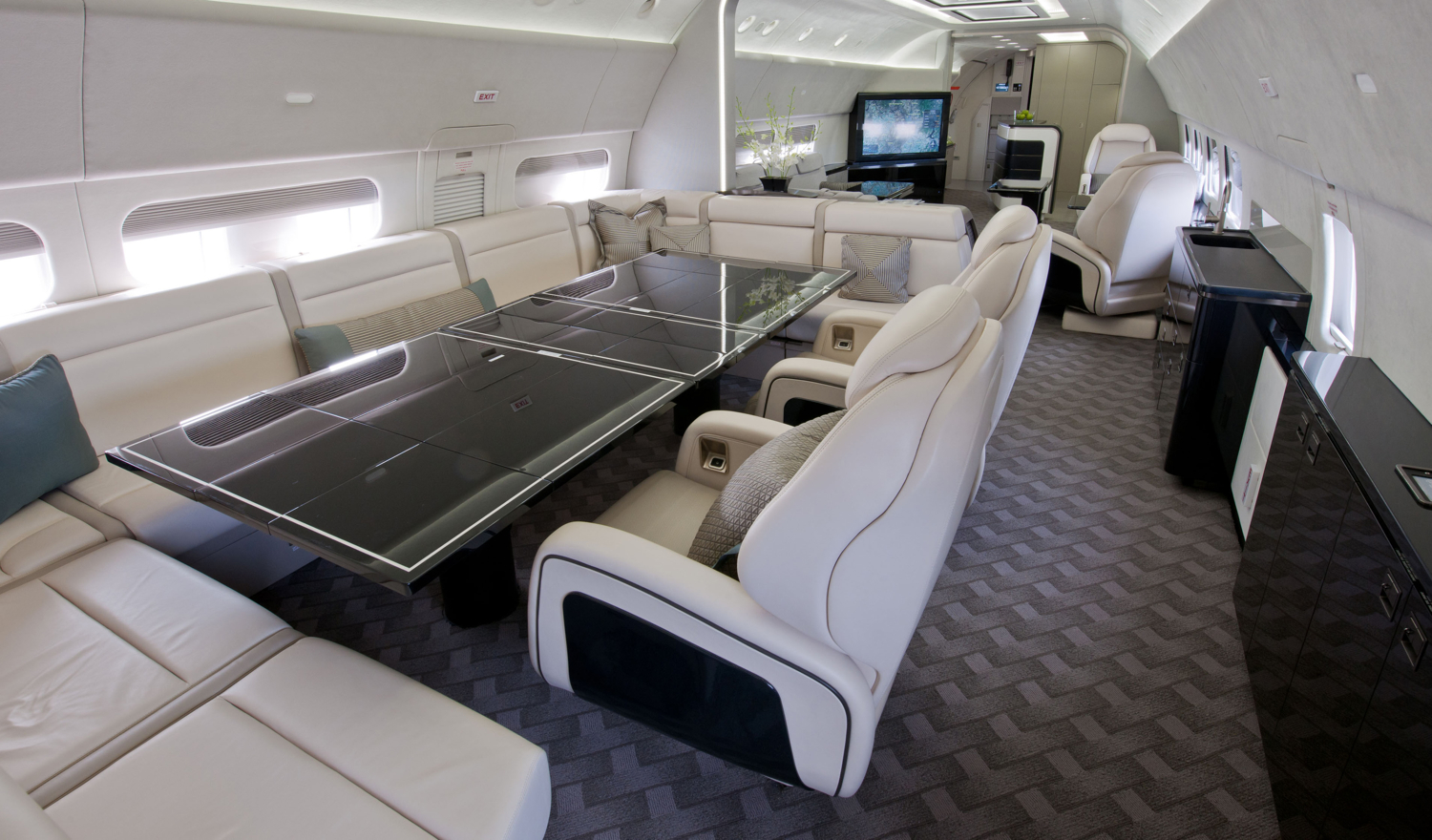 интерьер Boeing Business Jet (BBJ)
